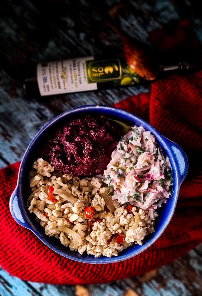 Indyk z sosem rzodkiewkowym i purée z marchwi