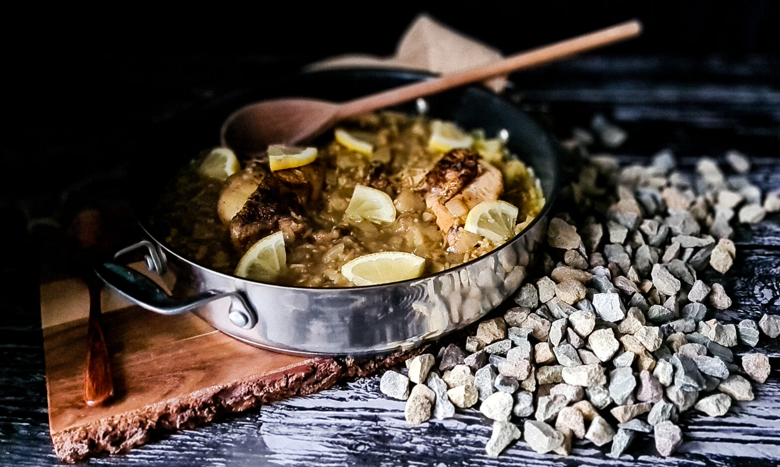 Gulasz z kurczaka i ryzu czyli Djaj Fouq El-Eish