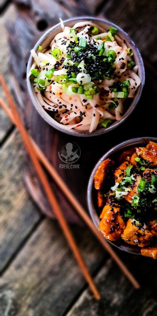Salatka Musaengchae po Koreansku