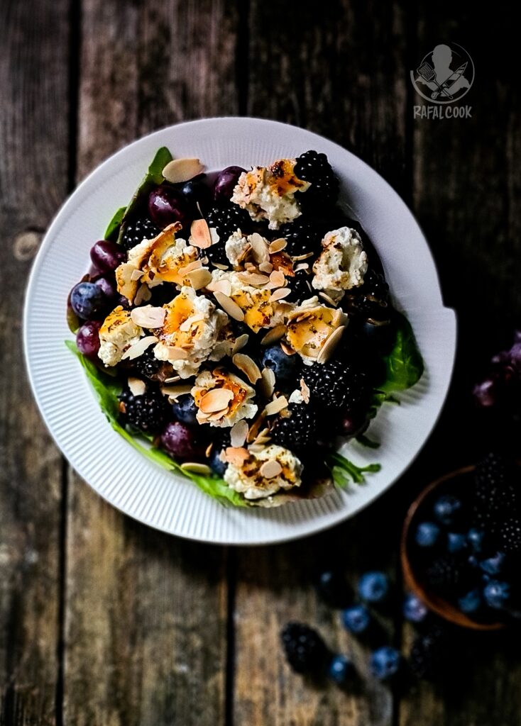 Owocowa salatla z feta