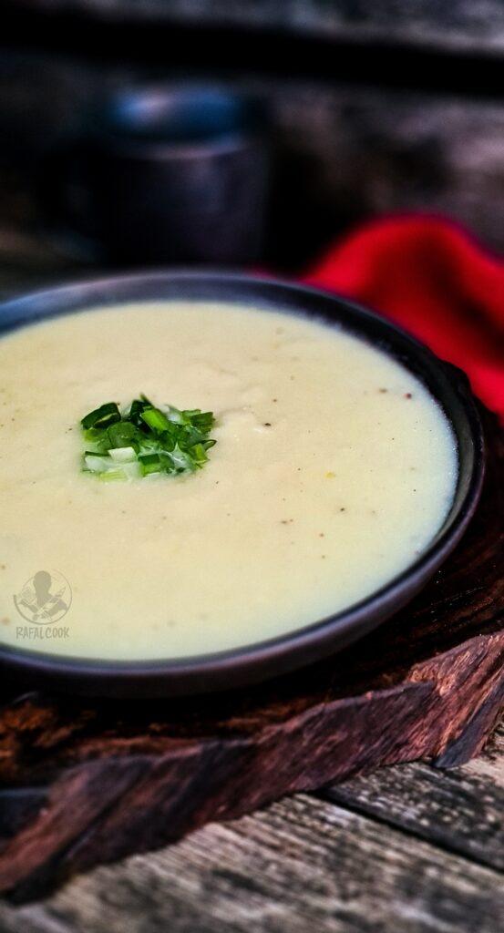 Zupa z pora i ziemniakow