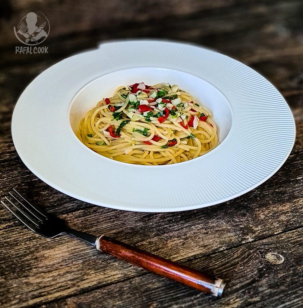 Spaghetti Aglio e Olio Rafalcook